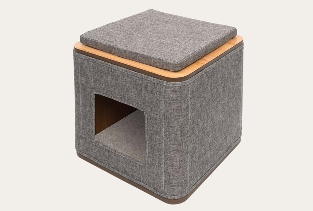 Front view of the vesper cubo stone
