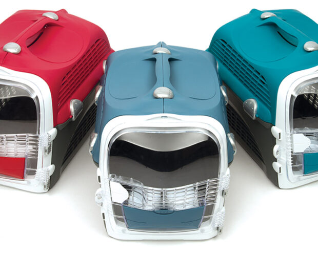 Catit Cabrio is available in 3 colours